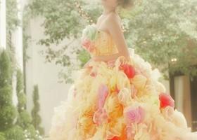 【 春タイプ 】ウェディング&カラードレスの選び方